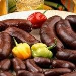 Recette Antillaise : Boudin Créole It's an appetizer that we eat often during christmas time :) Caribbean Recipes, Caribbean Food, Snack Recipes, Snacks, Charcuterie, Food N, French Food, West Indies, Tapas