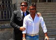 La Mafia  e`anche in tua citta       *       Die Mafia ist auch in deiner Stadt  : Mafia schert sich nicht um den Papst