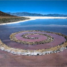 Robert Smithson. Spiral Jetty.