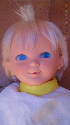 muñeco bebé Spay espacial Famosa