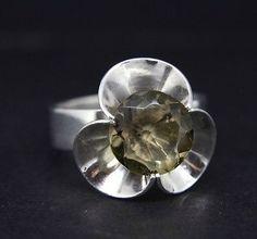 Elis Kauppi for Kupittaan Kulta, Vintage modernist sterling silver ring with smoky quartz. -Finland