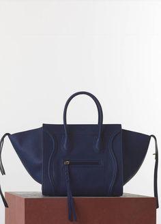 b30c93e01f Céline - Celine Bag - Its so fluffy I want to die! Medium Luggage Phantom  Handbag in Navy Blue Bullhide Calfskin