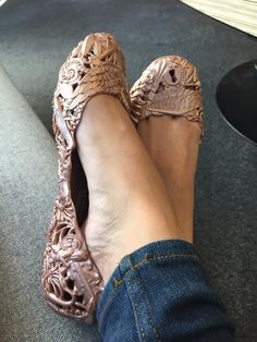 Yesterday, I posted about how obsessed I am over my new pair of Barocca ballerina flats from the Melissa Shoes and Campana Brothers collaboration, Melissa X Campana. Well, today YOU get a chance to win a pair of your own. Melissa Shoes, Ballerina Flats, Ss16, Moccasins, Collaboration, Pairs, Diy, Crafts, Fashion