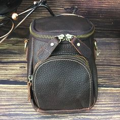 Vintage Leather Belt Pouch for Men Waist Bags BELT BAGs Shoulder Bags – imessengerbags Leather Belt Pouch, Leather Belts, Leather Men, Leather Purses, Leather Backpack, Mini Messenger Bag, Brown Backpacks, Belt Bags, Long Wallet
