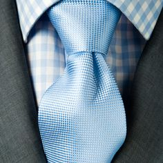Grey suit, patterned shirt, textured tie     http://jobsearch.about.com/od/interview-attire/ss/interview-outfits-for-men_8.htm
