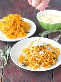 The consistency of pasta, Butternut Squash noodles are perfectly paired with a Sage Brown Butter and ready in less than 30 minutes! Spiralized Butternut Squash, Butternut Squash Noodle, Squash Noodles, Vegetable Noodles, Clean Recipes, Vegetable Recipes, Wine Recipes, Vegetarian Recipes, Cooking Recipes