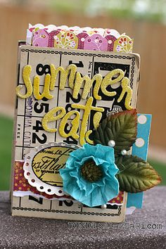 Summer Eats Mini Album by Ronda Palazzari - tutorial makes this an easy weekend project
