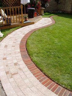 New Brick Patio Ideas for a Beautiful Backyard Design 2020 Part 4 ; brick patio with fire pit; brick patio ideas on a budget; Outdoor Patio Pavers, Garden Pavers, Paver Walkway, Brick Garden, Backyard Patio, Diy Paver, Driveway Pavers, Slate Patio, Concrete Walkway