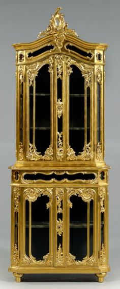 726: Venetian gilt wood vitrine, : Lot 726. Italian, late 19th to early 20th century.