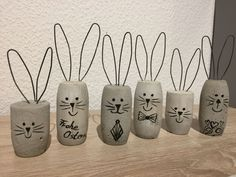 Timestamps DIY night light DIY colorful garland Cool epoxy resin projects Creative and easy crafts Plastic straw reusing ------. Easter Projects, Easter Crafts, Diy For Kids, Crafts For Kids, Cork Art, Concrete Crafts, Wine Cork Crafts, Diy Ostern, Spring Crafts