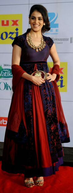 Sreedevi in Gorgeous Grey Bridal Saree Celebrity Sarees ...