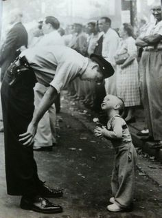 """""""Faith and Confidence"""" by William C. Beall,1958 (Pulitzer winner). LOVE this photo, title could be better."""