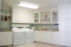 A country style laundry room with lots of working space - so practical!