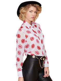 Sweet Style Fold Over Collar Lip Print Cute Blouses