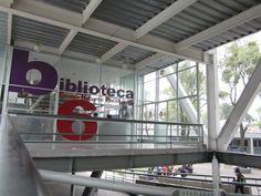 Titulo: Biblioteca Autor: Adriana Montserrat Ochoa Morales Fecha de realización: 28/11/15 Apertura de diafragma:2.8 F Velocidad de obturación:1/100 s ISO:100