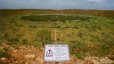 Según los Djaru, una serpiente gigante del color del arcoiris formó este cráter de 800 metros de diámetro hace 300 mil años, en Kandimalal, Australia.