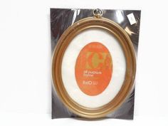 Sears Gold Oval Plastic Picture Frame in Original Package, IC Intercraft Ind. Picture Frames, x Frame with Hanging Ring Plastic Picture Frames, Hanging Picture Frames, Hanging Pictures, Vintage Photo Frames, 10 Frame, Punch Out, Create Yourself, How To Remove, The Originals