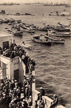 Palestine People, Palestine History, Old Pictures, Old Photos, Jaffa Israel, Old Jaffa, Tel Aviv Israel, Eastern Countries, Holy Land