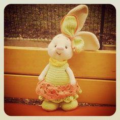 Háčkovaná Králíčí Slečna Eliška Dinosaur Stuffed Animal, Toys, Crochet, Animals, Crochet Hooks, Animales, Animaux, Crocheting, Animais