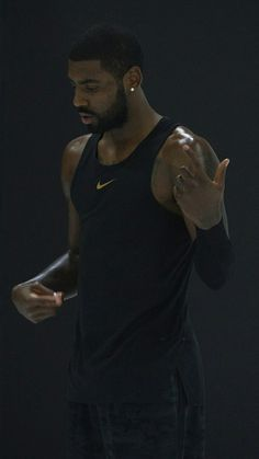 hey guys i actually apologise for not posting as much but im running out of pics lmao Josh nike Boston Celtics Team Usa Basketball, Basketball Court Layout, Basketball Quotes, Basketball Pictures, Kyrie Irving Logo, Kyrie Irving Celtics, Irving Wallpapers, Nba Wallpapers, Mike Jordan
