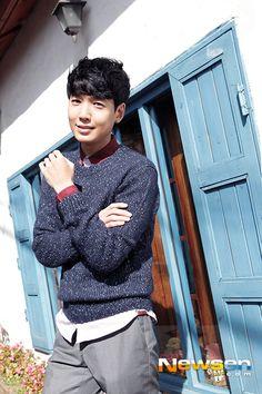 Jung Kyung Ho For 1stLook Magazine Vol.55source: http://dramabucks.com/celebrity/jung-kyung-ho-for-1stlook-magazine-vol-55/