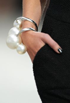Hey Gracie!! Didn't you recently pin some 'Big Pearl' jewelry??  ~Chanel 2014 pearl bracelet!