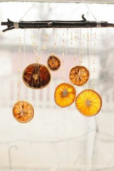 orangenschalen girlanden fensterdekoration