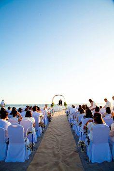 #PandoraNovia #PandoraRD Asi soñamos! todos vestidos de blanco en nuestra ceremonia