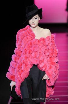 Trend la palarii dama - Tendinte in moda toamna iarna 2012 / 2013  #cepalariisepoarta #2012 #2013