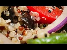 Salată cu quinoa - YouTube Quinoa, Oatmeal, Cooking Recipes, Breakfast, Youtube, Food, The Oatmeal, Morning Coffee, Rolled Oats