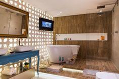 Casa Cor Pernambuco - 2014: Sala de Banho do Casal por Mariana Gama, Taciana Gomes e Fernanda Zerbone.