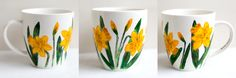 Daffodils; Hand-painted mug; 370ml / Kristi Palm Art