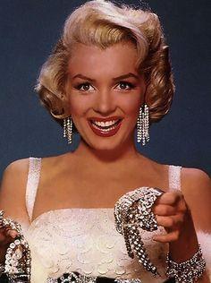 Marilyn Monroe: Diamonds are a girl's best friend