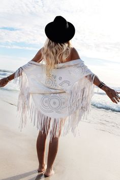 I bought a gorgeous suede fringed boho kimono similar to this while in Bali last year... I love supporting the local Balinese artisans, they are so talented!