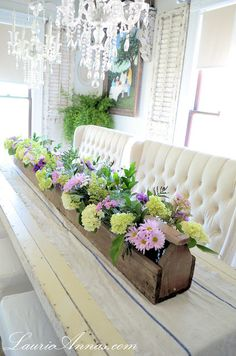 LaurieAnna's Vintage Home: Our Farmhouse Dining Room - old toolbox filled with gorgeous flowers - Cute Decor Wooden Box Centerpiece, Decoration Table, Table Centerpieces, Centerpiece Ideas, Table Arrangements, Floral Arrangements, Chandelier Centerpiece, Centerpiece Flowers, Centerpiece Wedding