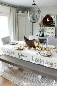 25 DIY Thanksgiving Decorations for Home to try this year! Check these cheap and easy rustic Thanksgiving decorations table, for porch, for outdoor. Best Thanksgiving crafts ideas for kids to take part in DIY Thanksgiving party! Rustic Thanksgiving, Thanksgiving Tablescapes, Thanksgiving Parties, Thanksgiving Crafts, Thanksgiving Cornucopia, Cheap Thanksgiving Decorations, Thanksgiving Verses, Thanksgiving Blessings, Holiday Decor
