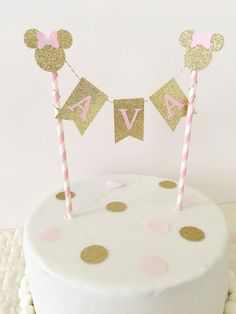 Minnie Mouse Cake Topper ~ Pink and Gold Party ~ First Birthday Pink and Gold~ Minnie Party ~ Gold Glitter Party Minnie Mouse Rosa, Minnie Mouse Cake Topper, Bolo Minnie, Minnie Cake, Minnie Mouse Theme, Minnie Mouse First Birthday, Baby Girl 1st Birthday, First Birthday Parties, Birthday Ideas