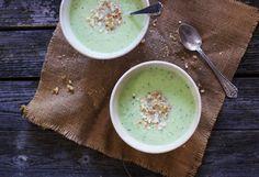 Gazpacho de pepino o sopa fría de pepino | Hoy comemos sano Quinoa, Cheeseburger Chowder, Cantaloupe, Soup, Pudding, Fruit, Desserts, Ideas, Breakfast