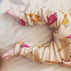 baby in mini rodini ss13 budgies