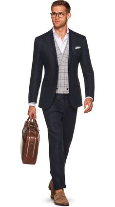 Suitsupply Suits: Soft-shoulders, great construction with a slim fit—our tailored, washed and formal suits are ideal for any situation. Denim Jacket Fashion, Mens Boots Fashion, Mens Fashion Suits, Trendy Fashion, Men's Fashion, Suit Supply, Formal Suits, Wedding Suits, Stylish Men