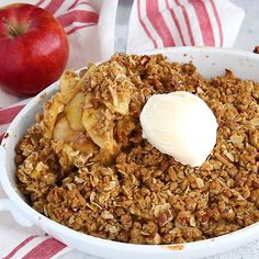 The best healthy apple crisp recipe that's naturally sweetened with maple syrup instead of sugar and topped with a crunchy oat pecan topping. Serve this delicious apple crisp warm with vanilla bean ice cream. The perfect way to use up fall apples! Healthy Recipe Videos, Healthy Recipes, Vanilla Bean Ice Cream, Apple Crisp Recipes, Food Videos, Yummy Food, Treats, Vegan, Breakfast