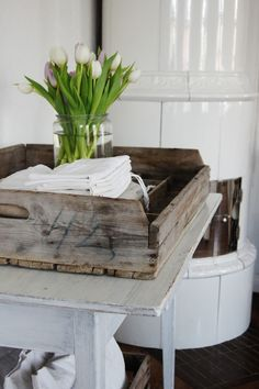 Scandinavian still life Home Decor Bedroom, Living Room Decor, Bungalow Homes, Palette, Scandinavian Style, Nordic Style, Vintage Shabby Chic, Modern Rustic Interiors, Home Decor Styles