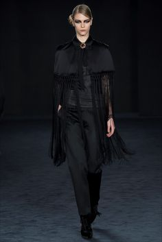 DAKS Londra - Collections Fall Winter 2016-17 - Shows - Vogue.it