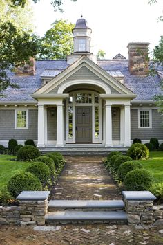 Front entry- Celia DeHuff  Landscape Architect - Peter Dorne Architect