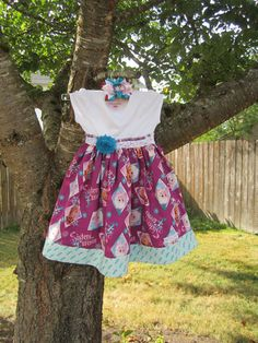 Frozen Shirt Twirling Dress w Hair Bow Size by TwoFrillyFreckles, $25.00 Frozen Shirt, Toddler Fashionista, Girls Dresses, Summer Dresses, Dress To Impress, Hair Bows, Princess, Trending Outfits, Shirts
