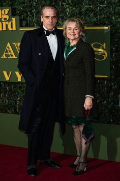 Pin for Later: Stars Braved the Cold For the Evening Standard Theatre Awards Jeremy Irons and Sinéad Cusack British Actors, American Actors, Sinead Cusack, Aquarius Love, Virgo, Jeremy Irons, Max Irons, Derek Hale, Terry Richardson