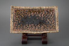 飴釉俎板皿 Chopping board plate, amber glaze 2011 Glaze, Amber, Dish, Board, Home Decor, Enamel, Plates, Interior Design, Home Interior Design
