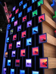 Build your own wine rack - 25 creative ideas - Decoration Top Display Design, Wall Design, Bar A Vin, Wine Cellar Design, Wine Bottle Rack, Wine Racks, Bar Interior Design, Wine Display, Nightclub Design