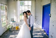 Brunch Morning Wedding ~ Sunday Kind of Love. Bride and Groom First Dance.  Retro fun for wedding!