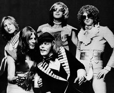 Luther (seen second left) during his Mott The Hoople days. Morgan Fisher, seen at the front of the picture, will play a set with Luther at the convention.